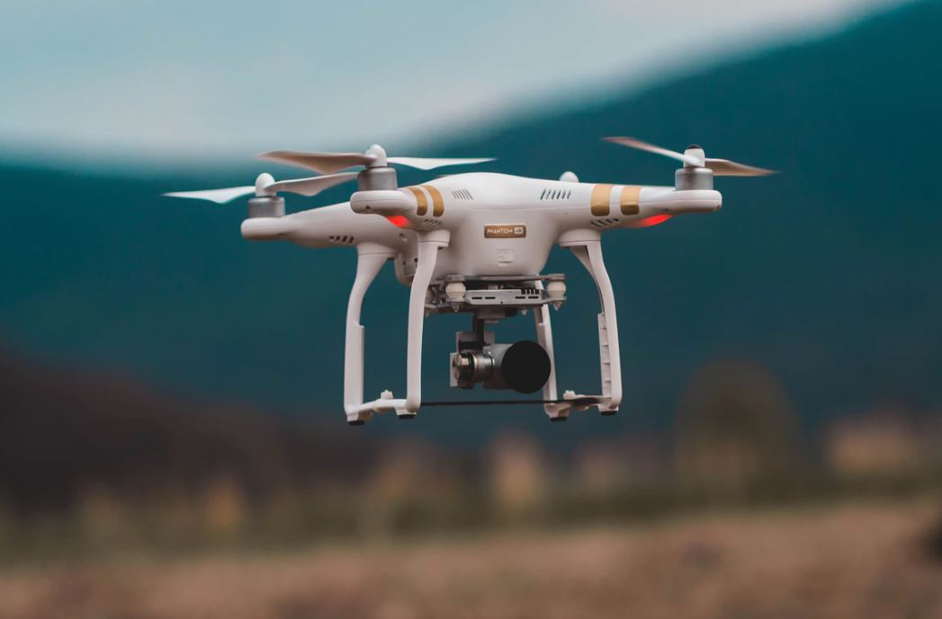 Will drones start to be part of our daily lives by 2019? Disruptive Technology – The In-House Lawyer, May 2018